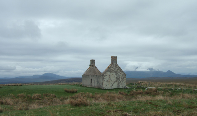 by the old road was a ruin such as you see all over the Highlands as a result of the Clearances, but this one, Moin House, in its wild setting surrounded by mountains, was a little different - it held a surprise