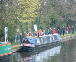 so it was quite a strange sight - a long single file of protesters on the towpath - still we had some good chats with canal users