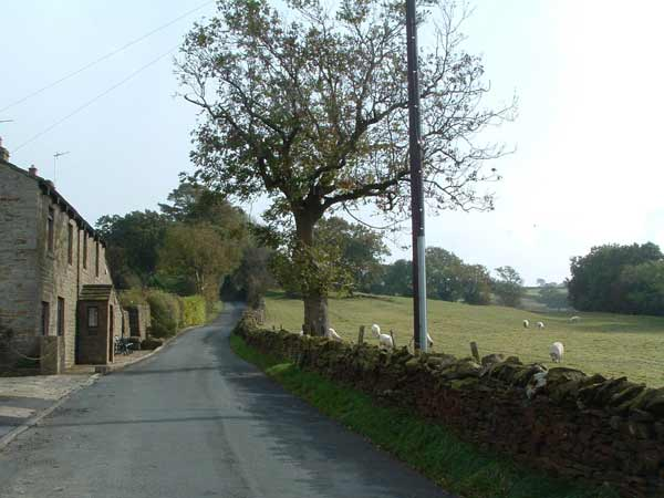 after passing through the pleasant village of Kelbrook, I head up Cob Lane